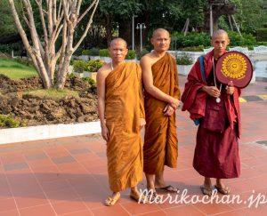 WatPakNam-temple-51
