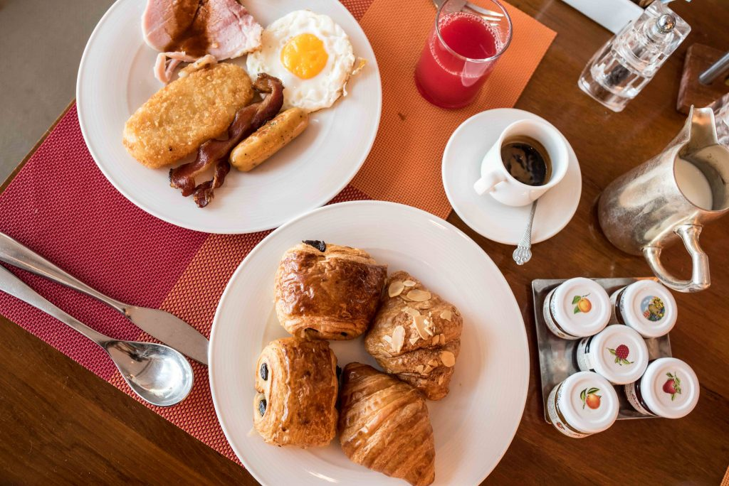 shangrilabangkok-breakfast-1